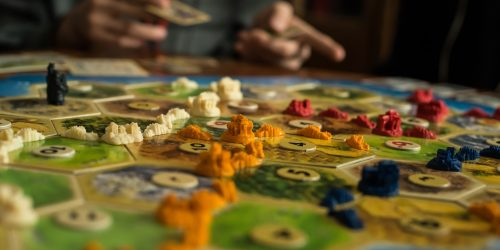 Strategy board game. Open aperture. Resourses and houses.